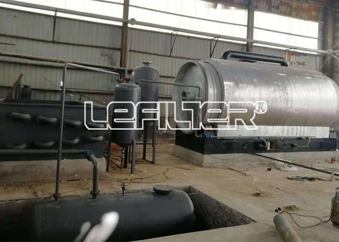 废旧塑料热解炼油设备