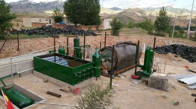 间歇式炼油设备与半连续式炼油设备区别