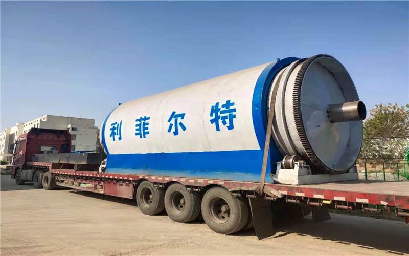 甘肃6台轮胎炼油设备使用现场